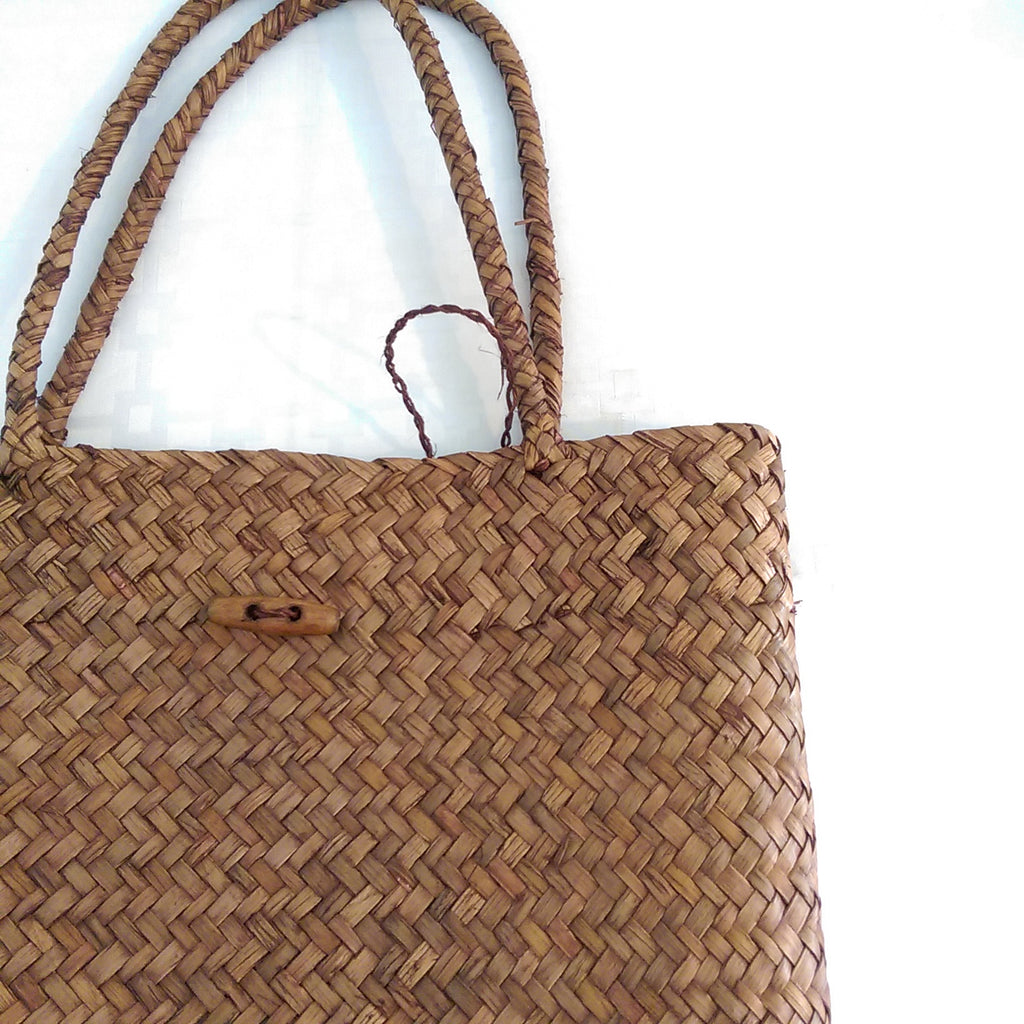 Simple Shopping Tote I Puffee