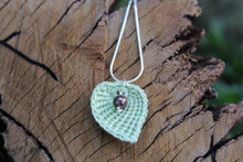 Load image into Gallery viewer, 2nd anniversary necklace - cotton green leaf and pearl
