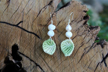 Load image into Gallery viewer, 2nd anniversary cotton earrings - green leaf with pearl
