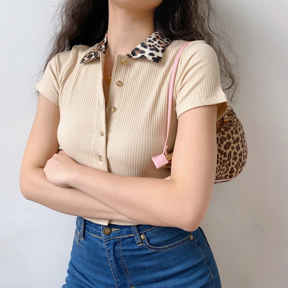Load image into Gallery viewer, Leopard Collar Polo // Tan