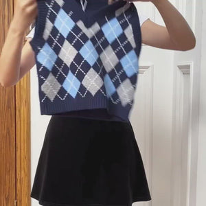 Load and play video in Gallery viewer, Retro Baby Argyle Knit Vest
