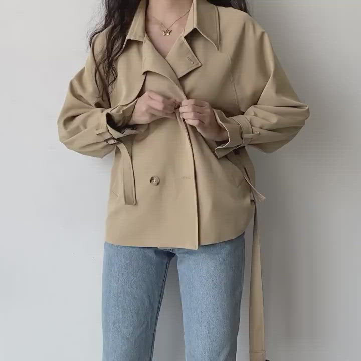 Load and play video in Gallery viewer, London Life Trench Coat // Khaki