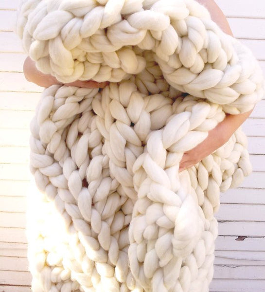 Chunky Knit Blanket in Mid Grey Vegan Fiber