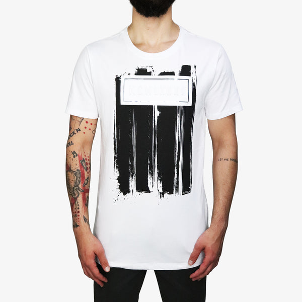 GUESS - Grunge Suede Paint T-Shirt White - Shop at PURO Dublin, Ireland.