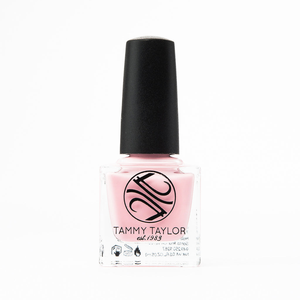 Blush Kisses Nail Lacquer