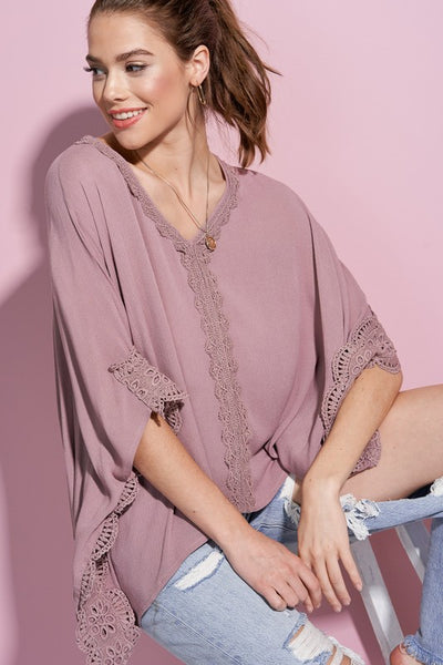 Flowy Lace Cape Top in Mauve