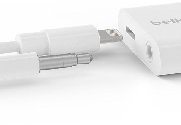 Belkin Audio + Charge Rockstar 3.5 mm iPhone Adapter - White, F8J212BT