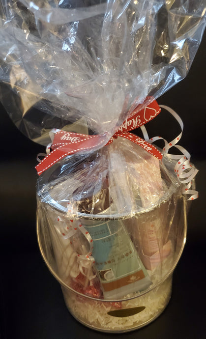 Valentine's Day Luxury Soak Gift Basket Pail!!!