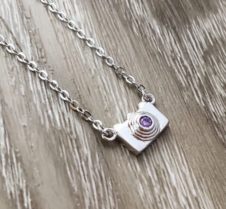 Camera Necklace, Photographer Gift, Sterling Silver Jewelry, Gift for Traveler, Gift for Daughter, Layering Necklace, Dainty Jewelry