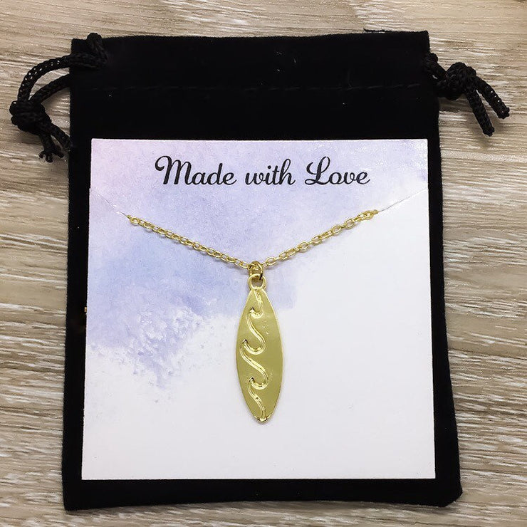 Gold Surfboard Necklace with Card, Beach Lover Necklace, Tropical Gift, Minimalist Surfing Necklace, Summer Sports Jewelry