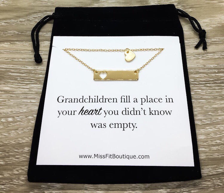 Grandma Necklace Set for 2, Interlocking Heart Necklaces, Granddaughter Necklace, Minimal Heart Pendant, Custom Card, Grandchildren Gift