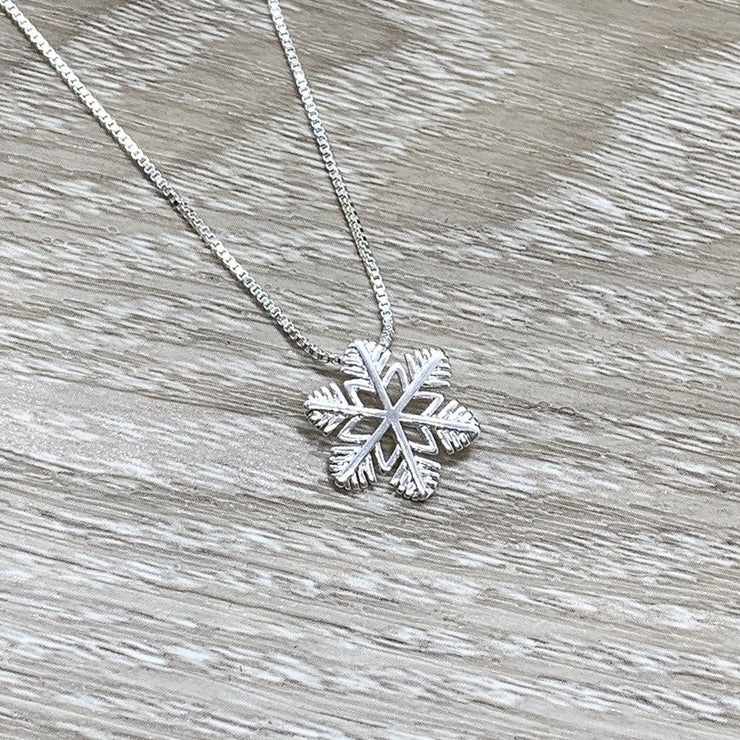 Snowflake Necklace, Dainty Sterling Silver Pendant, Snowflake Jewelry, Winter Wedding Bridal Jewelry, Christmas Gift for Her, Holiday Gift