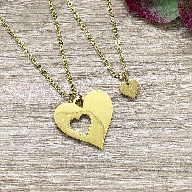 Mother Daughter Gift, Sharable Necklace Set for 2, Gift for Mom Matching Necklaces, Tiny Heart Cutout Pendant, Gift for Stepdaughter, BFF