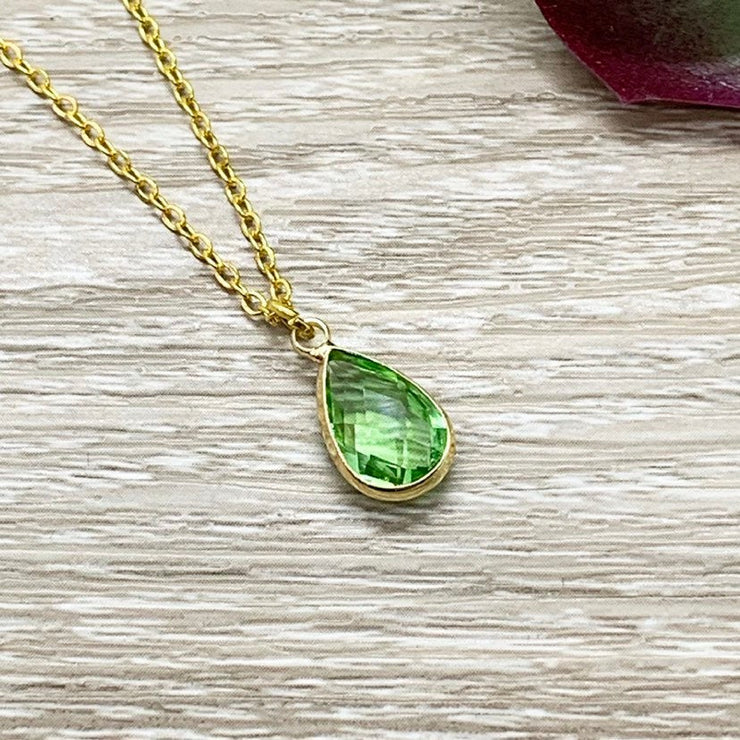 August Birthstone Necklace, Peridot Pendant, Dainty Crystal Charm Necklace, Personalized Birthday Gift for Her, Meaningful Jewelry, Mom Gift