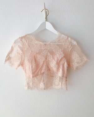 Crop top with lace in 2 colors