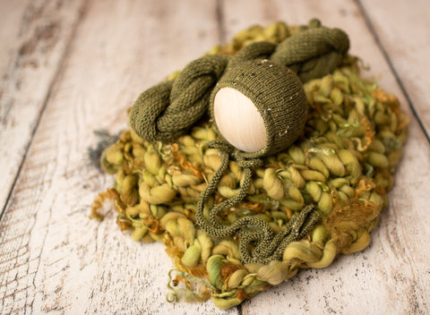 Olive Logan Newborn Bonnet, Wrap & Layer set - FleurFotoKnits - Newborn & Sitter Photography Props
