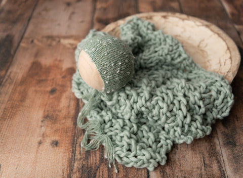 Seafoam Pebble Bonnet & Texture Layer - FleurFotoKnits - Newborn & Sitter Photography Props