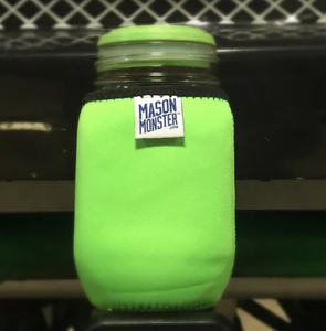 "Funda Aislante ""Mason Monster Eco Insulator"" Color Reversible Verde/Rosa/Negro Para Frasco Ball De 1 Quart."