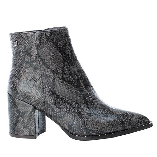 XTI Grey Snakeskin Pointed Toe Boots
