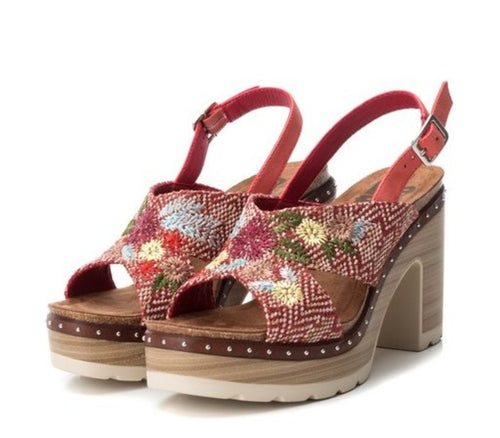 Floral Embroidery Sandal