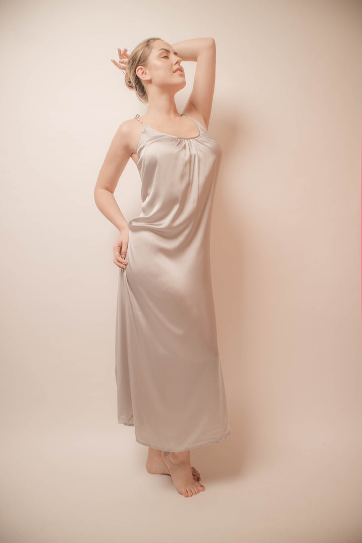 Hera Nightgown
