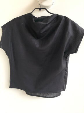 Mock Top black linen