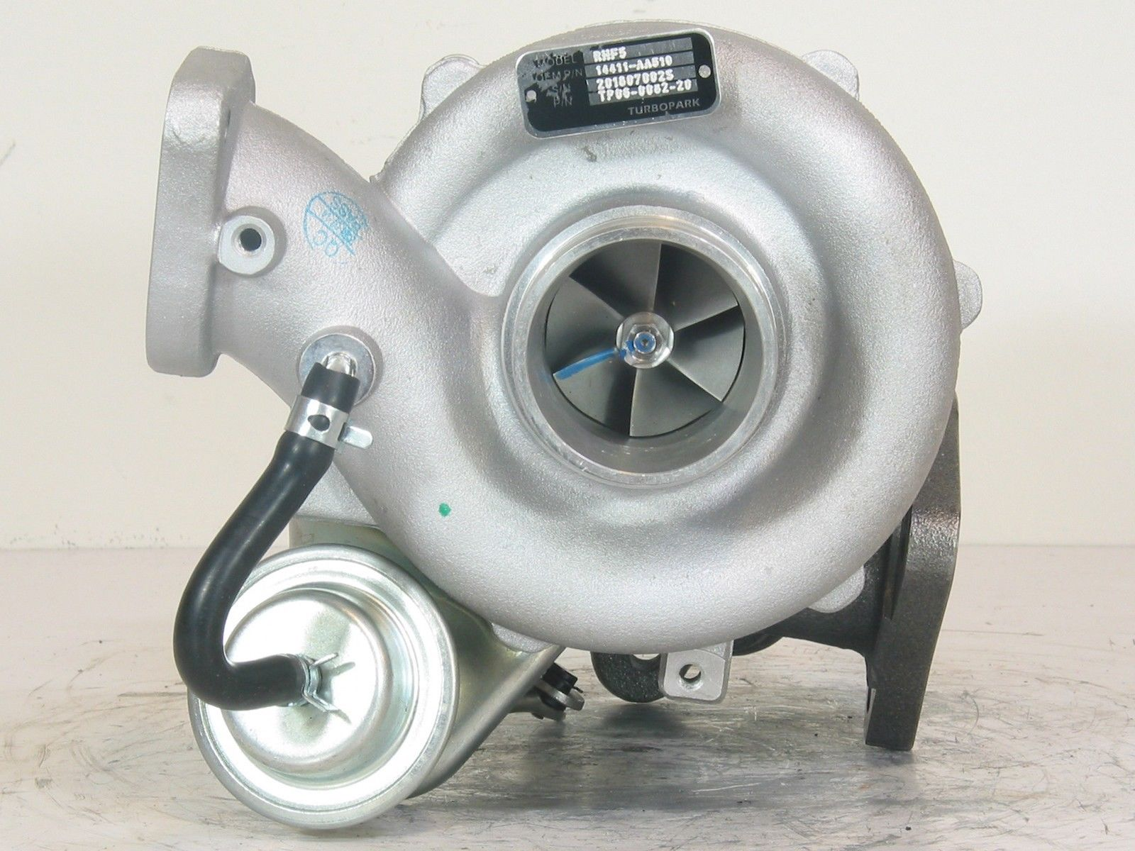 Subaru Legacy GT Outback XT VC430083 VF40 Turbo NEW RHF5H Turbocharger