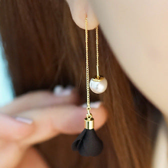 2017 Simple and Elegant long earrings.