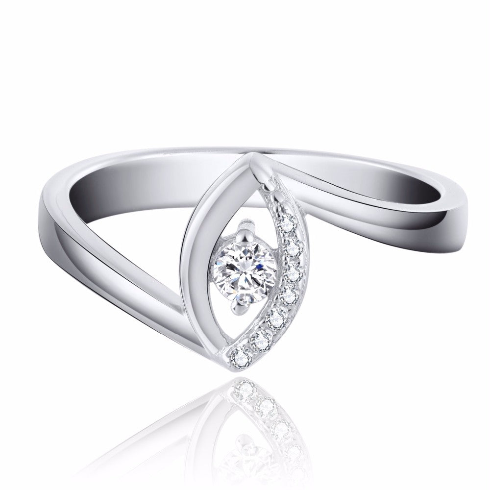 Certified  925 Sterling Silver with white Gold Plated  and Quality Topaz Stone Ring. It is a Fine Jewelry with Certificate