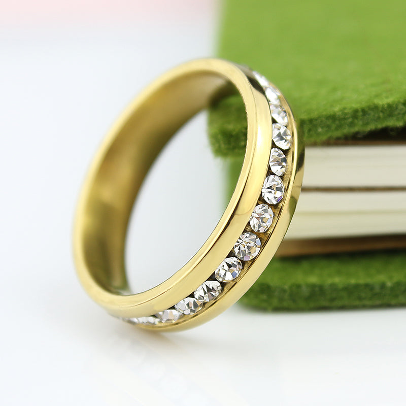 Simple and beautiful 18k gold plated wedding and engagement ring