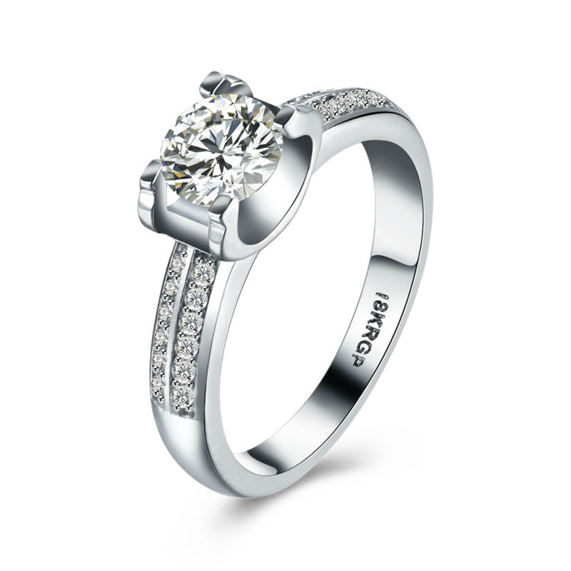 Luxury 2018 New Fashion  18K White Gold Plated  with Quality  Zircon Diamond Ring.