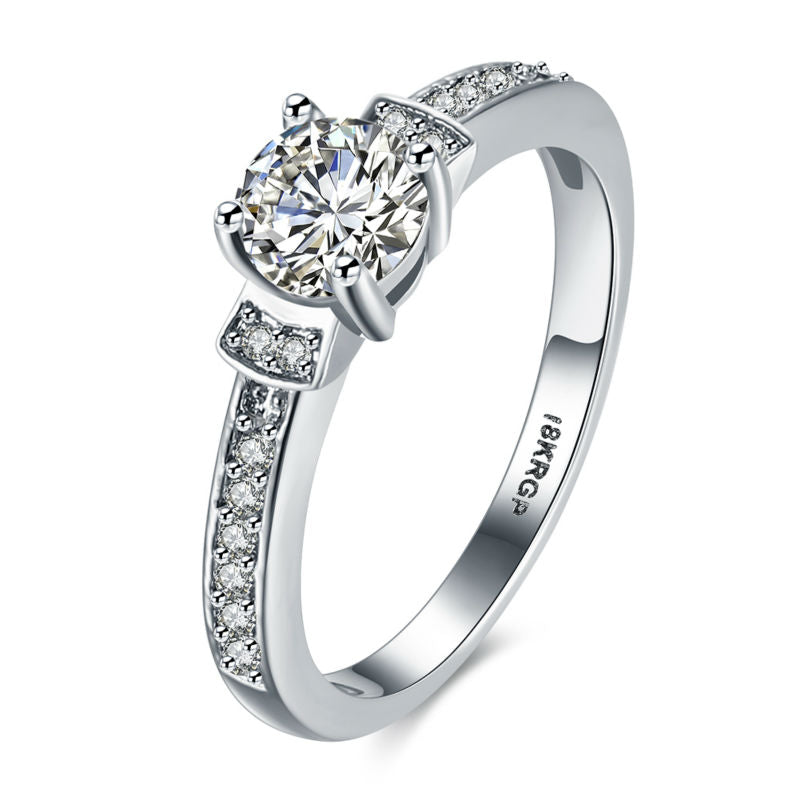 New Fashion Best Selling 18K White Gold Plated  with Premium Cubic Zircon Ring