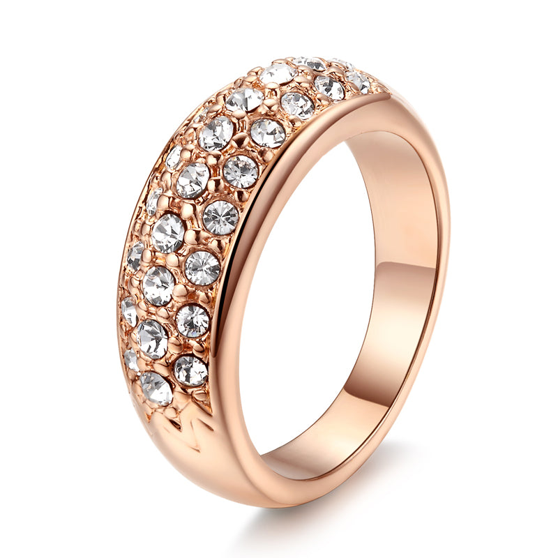 18K Gold Plated Fashion and Luxury Engagement Ring with Premium Zircon diamond