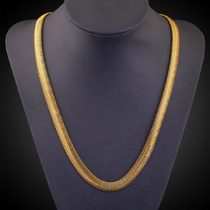 18k Gold Plated Snake Pattern  necklace. Unisex Fashion  ,6 MM  Width and 20 inch Length.
