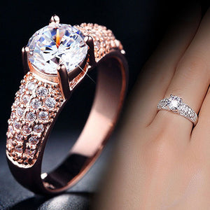 New Fashion  Luxury 18K Gold Plated Zircon Ring.