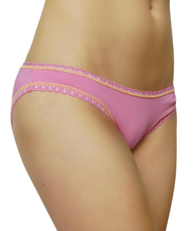 Rich&Vibrant BePink. Bikini Cut women's underwear made of GOTS certified organic cotton.
