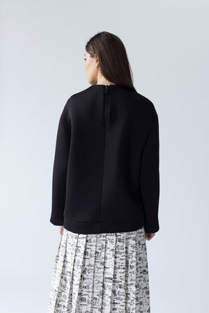 OVERSIZED NEOPRENE SWEATSHIRT WITH BACK ZIPPER DETAIL