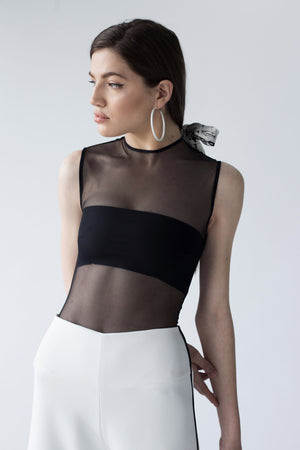SLEEVELESS SLIM-FIT SOFT MESH TOP