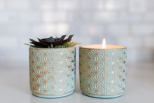 Load image into Gallery viewer, Bamboo and Jasmine 15 oz Candle in flower pot