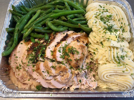 FM 03. Turkey Breast with Mash Potatoes & Gravy & Green Beans