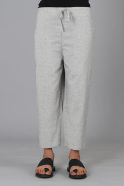 White Black Doria Capri Trouser