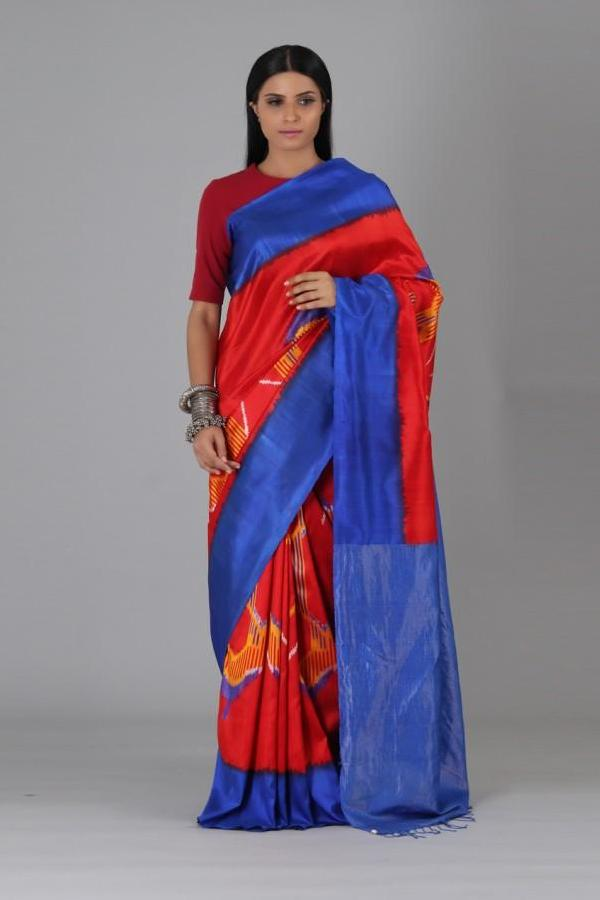 Red Big Oval Silk Saree