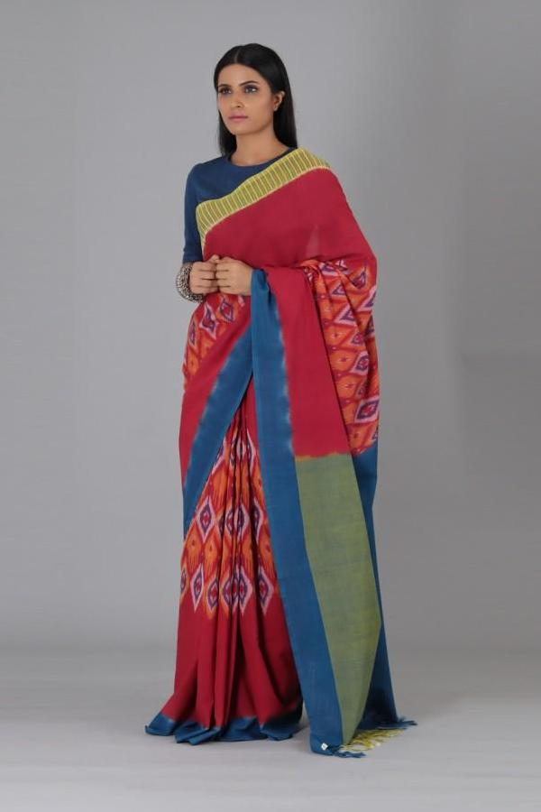 Red Small Oval Cotton Saree