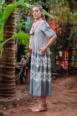 Traverse Pleated Maxi