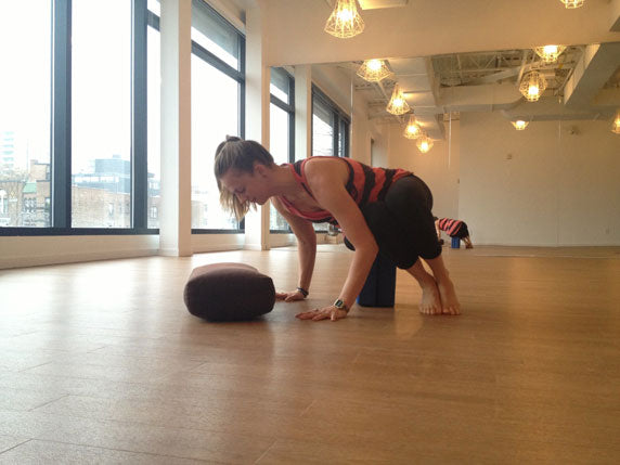 Fly Your Bakasana - Step Two