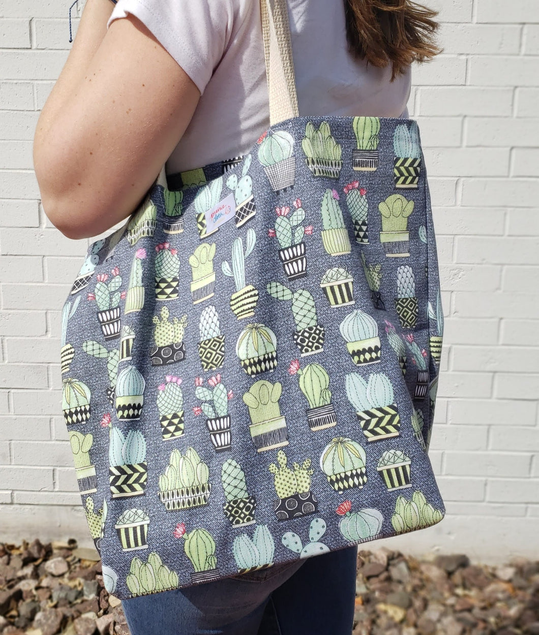 Reusable Grocery Bag: Gray Cactus