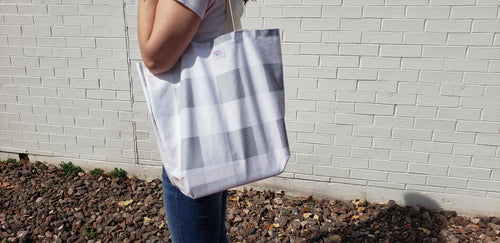 Reusable Grocery Bag: Large Buffalo Check Gray