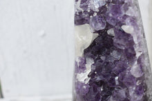 Load image into Gallery viewer, Amethyst Geode (3)