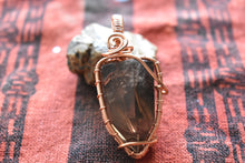 Load image into Gallery viewer, Smokey Quartz Point w/ Hematite