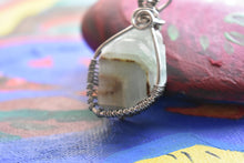 Load image into Gallery viewer, Green Calcite Silver Bb